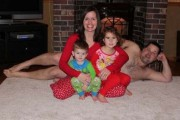 30 από τις πιο περίεργες χριστουγεννιάτικες οικογενειακές φωτογραφίες (1)