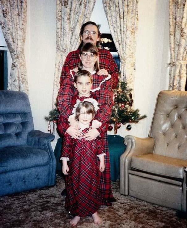 30 από τις πιο περίεργες χριστουγεννιάτικες οικογενειακές φωτογραφίες (4)