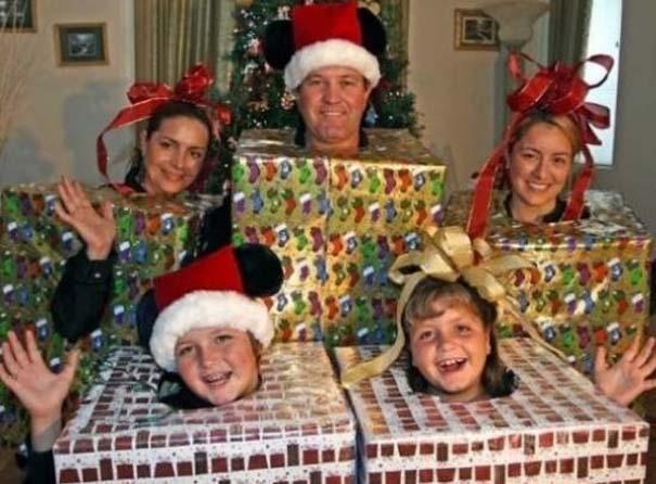 30 από τις πιο περίεργες χριστουγεννιάτικες οικογενειακές φωτογραφίες (29)