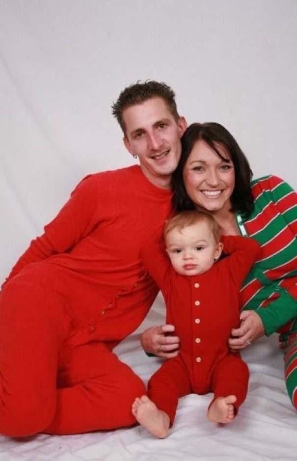 30 από τις πιο περίεργες χριστουγεννιάτικες οικογενειακές φωτογραφίες (17)