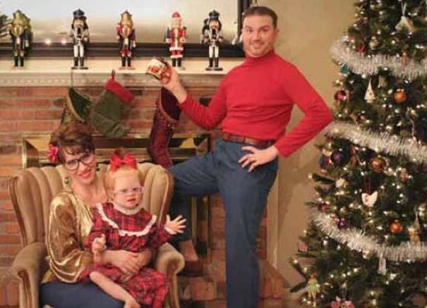 30 από τις πιο περίεργες χριστουγεννιάτικες οικογενειακές φωτογραφίες (19)