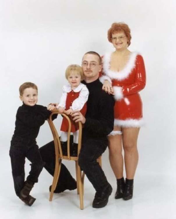 30 από τις πιο περίεργες χριστουγεννιάτικες οικογενειακές φωτογραφίες (23)