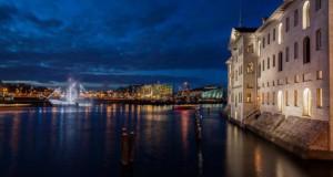 Εντυπωσιακό πλοίο φάντασμα σε κανάλι του Άμστερνταμ