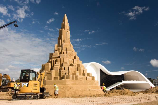 Το ψηλότερο κάστρο του κόσμου στην άμμο (4)