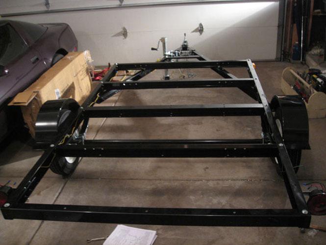Βήμα βήμα η κατασκευή ενός εντυπωσιακού μικρού τροχόσπιτου (1)