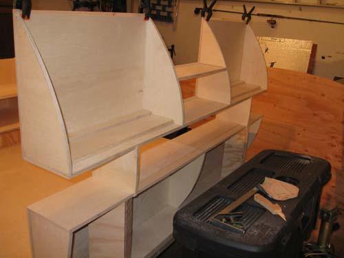 Βήμα βήμα η κατασκευή ενός εντυπωσιακού μικρού τροχόσπιτου (11)