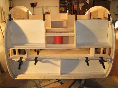 Βήμα βήμα η κατασκευή ενός εντυπωσιακού μικρού τροχόσπιτου (15)