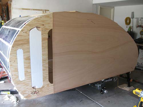Βήμα βήμα η κατασκευή ενός εντυπωσιακού μικρού τροχόσπιτου (28)
