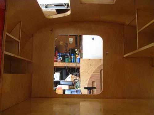 Βήμα βήμα η κατασκευή ενός εντυπωσιακού μικρού τροχόσπιτου (39)