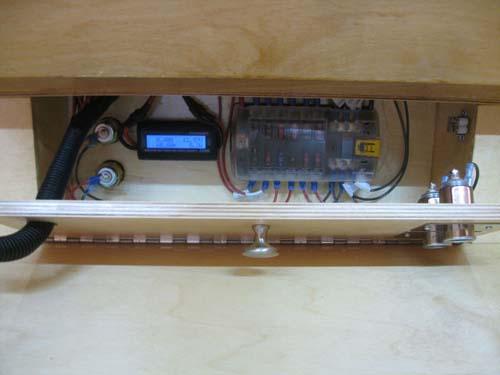 Βήμα βήμα η κατασκευή ενός εντυπωσιακού μικρού τροχόσπιτου (42)