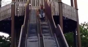 Υπήρχε λόγος που αυτή η τσουλήθρα είναι κλειστή (Video)