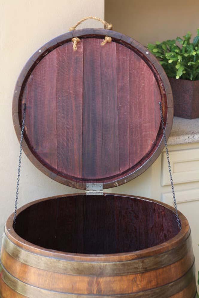 Αυτός ο άνδρας φτιάχνει απίστευτα πράγματα χρησιμοποιώντας βαρέλια κρασιού (10)
