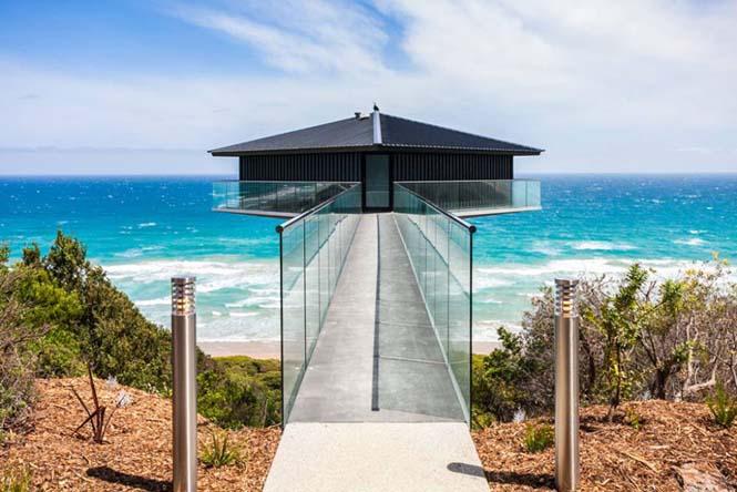 Αυτό το απίστευτο σπίτι στην Αυστραλία μοιάζει σαν να επιπλέει στην θάλασσα (1)