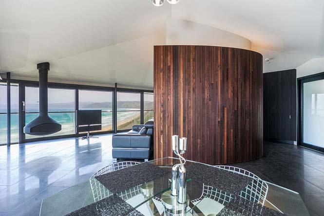 Αυτό το απίστευτο σπίτι στην Αυστραλία μοιάζει σαν να επιπλέει στην θάλασσα (9)