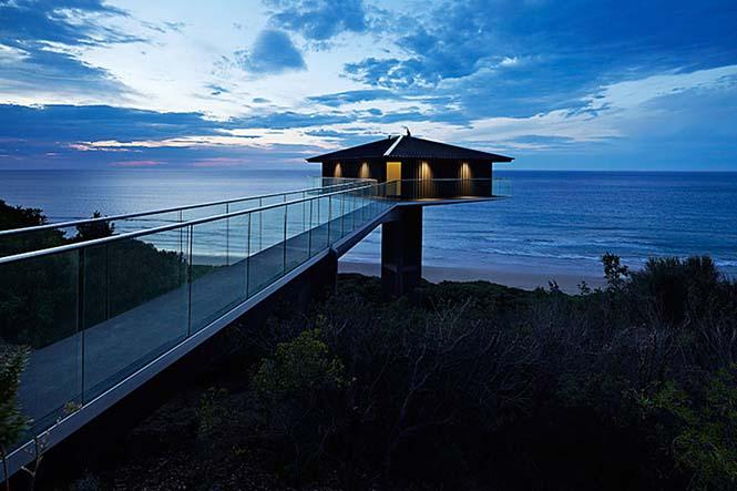 Αυτό το απίστευτο σπίτι στην Αυστραλία μοιάζει σαν να επιπλέει στην θάλασσα (10)