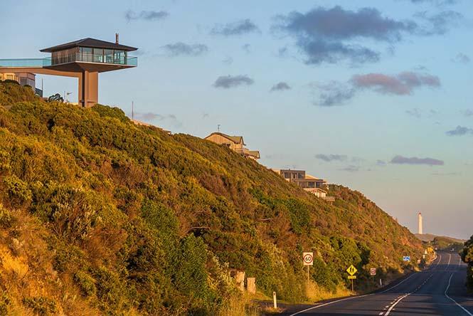 Αυτό το απίστευτο σπίτι στην Αυστραλία μοιάζει σαν να επιπλέει στην θάλασσα (14)