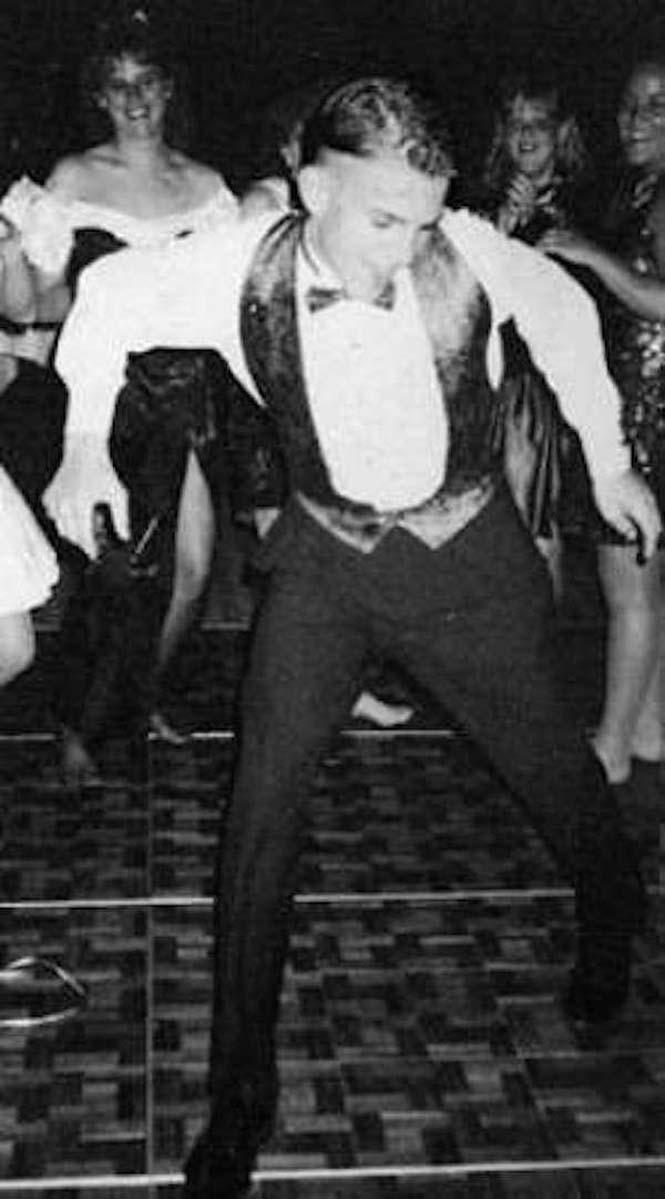 Διάσημοι στον χορό αποφοίτησης (7)