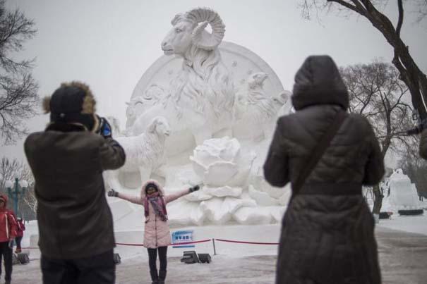 Εκπληκτικές δημιουργίες στο φεστιβάλ πάγου της Κίνας (6)