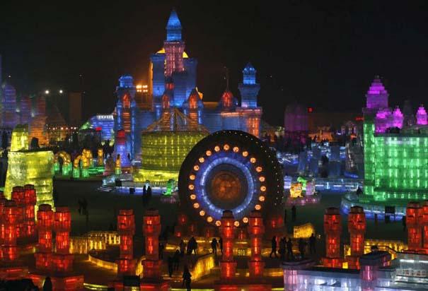 Εκπληκτικές δημιουργίες στο φεστιβάλ πάγου της Κίνας (11)