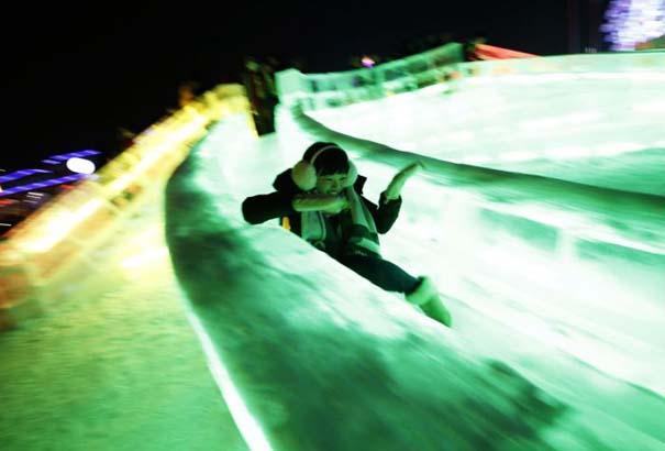 Εκπληκτικές δημιουργίες στο φεστιβάλ πάγου της Κίνας (12)