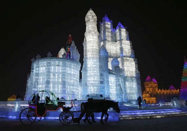 Εκπληκτικές δημιουργίες στο φεστιβάλ πάγου της Κίνας (13)