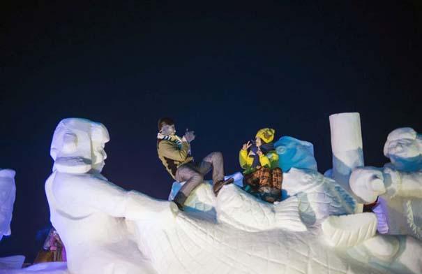 Εκπληκτικές δημιουργίες στο φεστιβάλ πάγου της Κίνας (20)