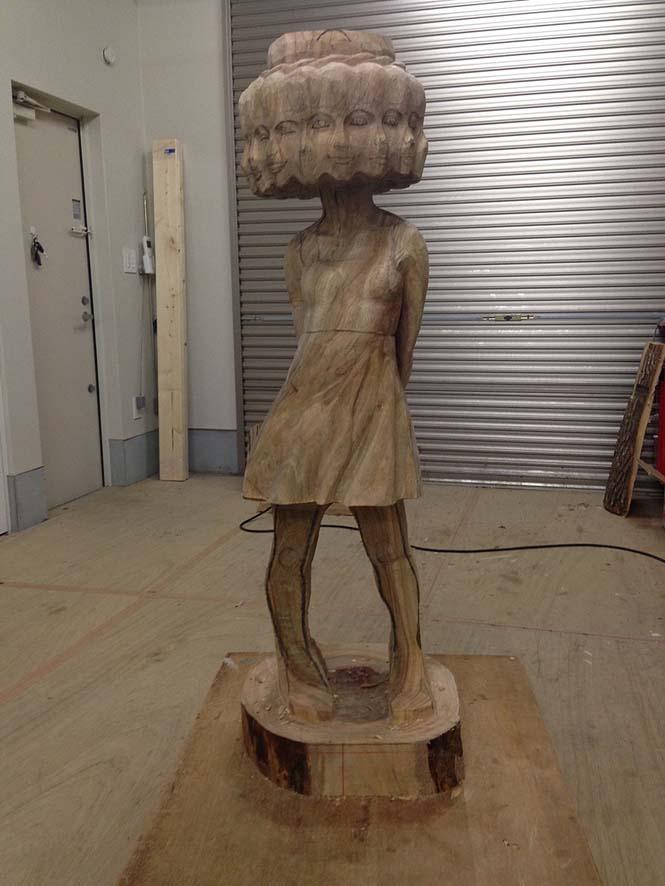 Ιάπωνας γλύπτης δείχνει πως μετατρέπει το ξύλο σε σουρεαλιστικά αγάλματα (7)