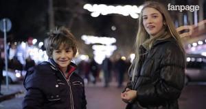Μικρά αγόρια καλούνται να χαστουκίσουν ένα κορίτσι. Δείτε την αντίδραση τους! (Video)