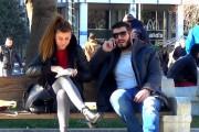 Νεαρός προτείνει έναν έξυπνο τρόπο για να ρίξεις μια γυναίκα
