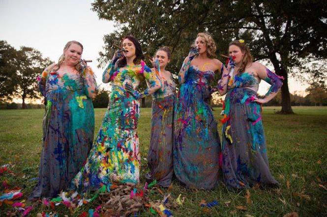 Όταν ο γαμπρός την παράτησε στα σκαλιά της εκκλησίας, αυτή η νύφη αποφάσισε να το διασκεδάσει (27)