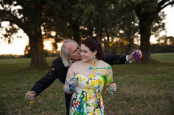 Όταν ο γαμπρός την παράτησε στα σκαλιά της εκκλησίας, αυτή η νύφη αποφάσισε να το διασκεδάσει (16)