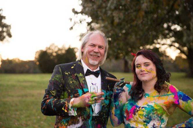 Όταν ο γαμπρός την παράτησε στα σκαλιά της εκκλησίας, αυτή η νύφη αποφάσισε να το διασκεδάσει (28)