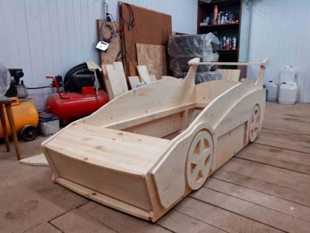Πατέρας κατασκεύασε το τέλειο κρεβάτι για τον γιο του (15)