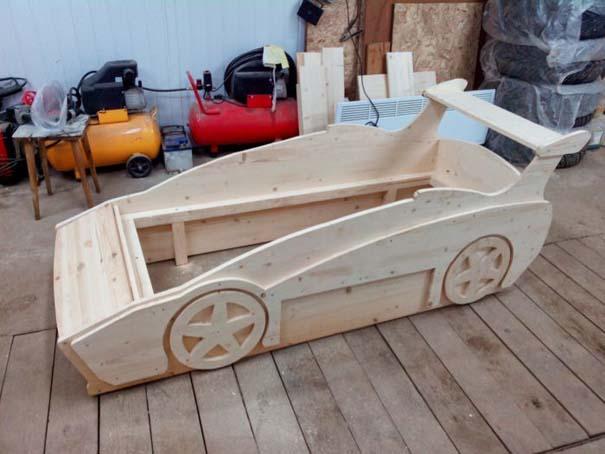 Πατέρας κατασκεύασε το τέλειο κρεβάτι για τον γιο του (16)