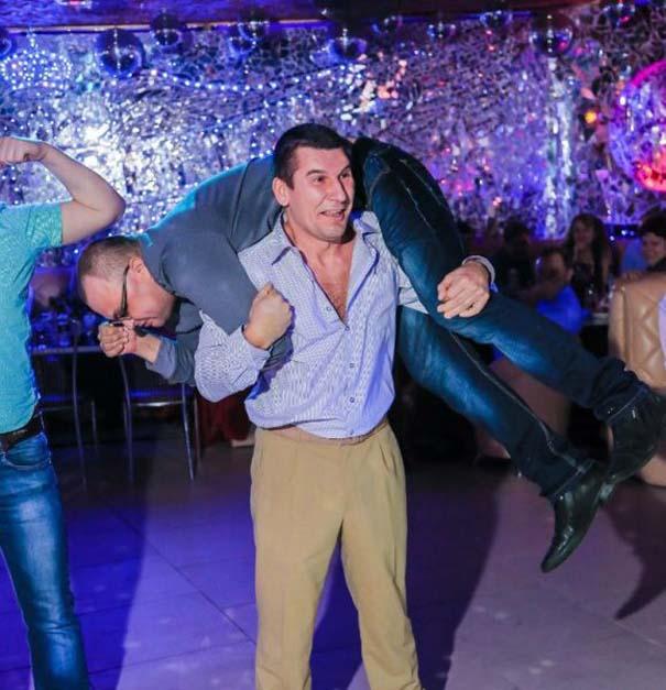 Περίεργα και αστεία σκηνικά σε clubs της Ρωσίας (5)