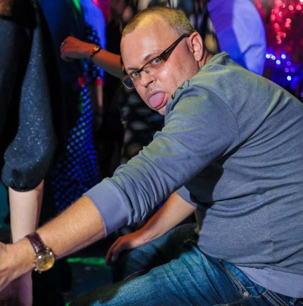 Περίεργα και αστεία σκηνικά σε clubs της Ρωσίας (16)