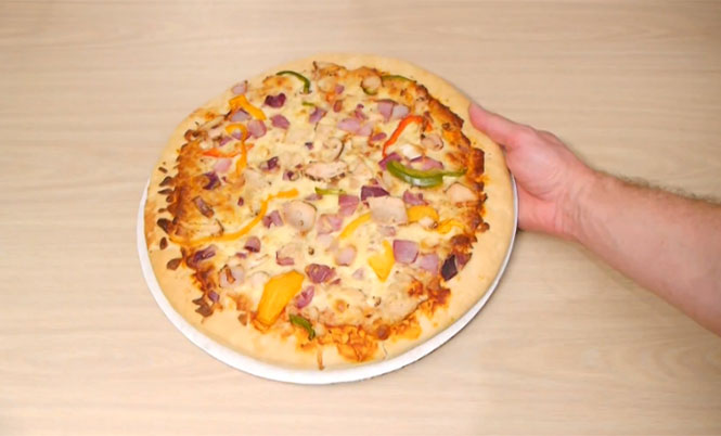 Πως να «κλέψετε» την μισή πίτσα χωρίς να το καταλάβει κανείς
