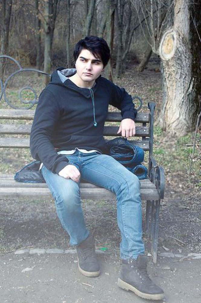Η ριζική μεταμόρφωση ενός νεαρού που πλέον μοιάζει με βαμπίρ (2)