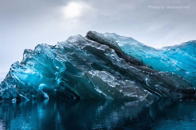 Σπάνιες φωτογραφίες ενός αναποδογυρισμένου παγόβουνου (2)