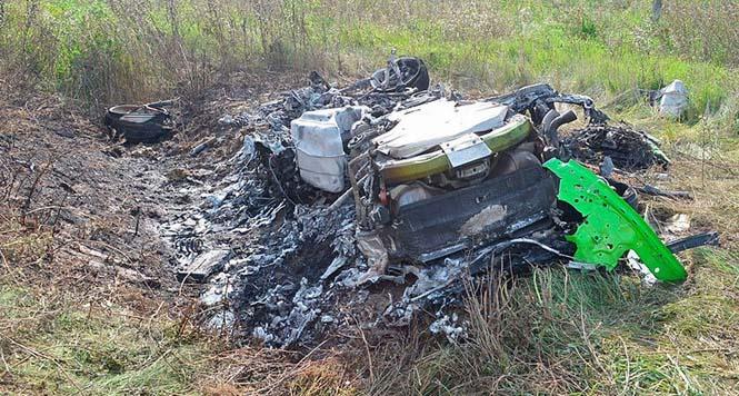 Βγήκαν ζωντανοί από ατύχημα με μια Lamborghini Aventador που έτρεχε με 320 χλμ/ώρα (2)