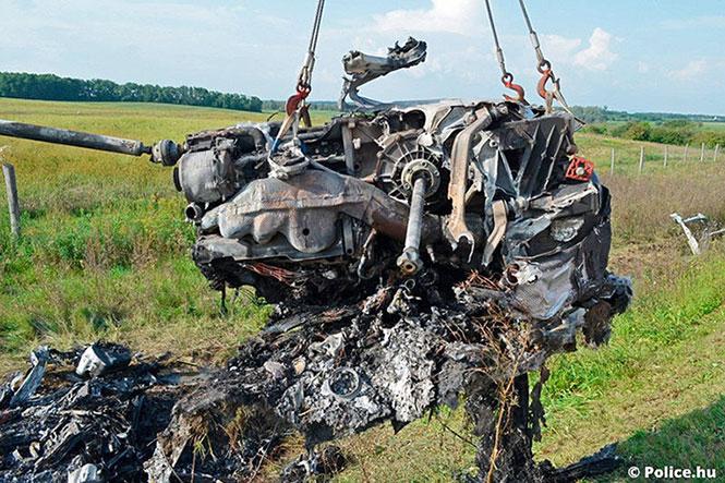 Βγήκαν ζωντανοί από ατύχημα με μια Lamborghini Aventador που έτρεχε με 320 χλμ/ώρα (3)
