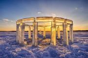 5 φίλοι κατασκεύασαν το «Icehenge» στη μέση μιας παγωμένης λίμνης (1)