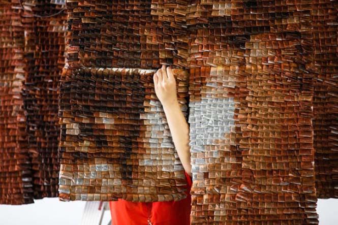 Ένα απίστευτο έργο τέχνης με 20.000 σακουλάκια τσαγιού (5)