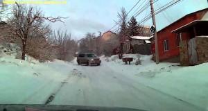 Εν τω μεταξύ, σε έναν παγωμένο δρόμο της Ρωσίας… (Video)
