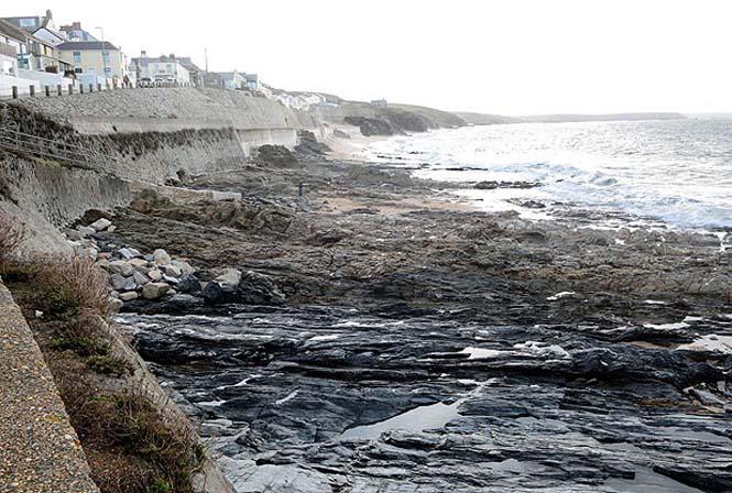 Η παραλία που... χάθηκε και επανήλθε μετά από δυο μέρες (8)