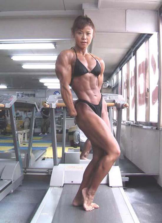 Μπορείτε να μαντέψετε την ηλικία αυτής της Γιαπωνέζας Bodybuilder; (7)