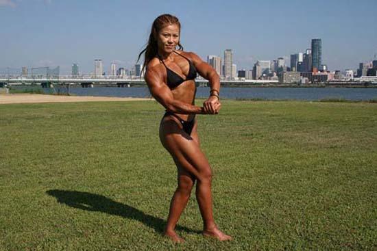Μπορείτε να μαντέψετε την ηλικία αυτής της Γιαπωνέζας Bodybuilder; (13)