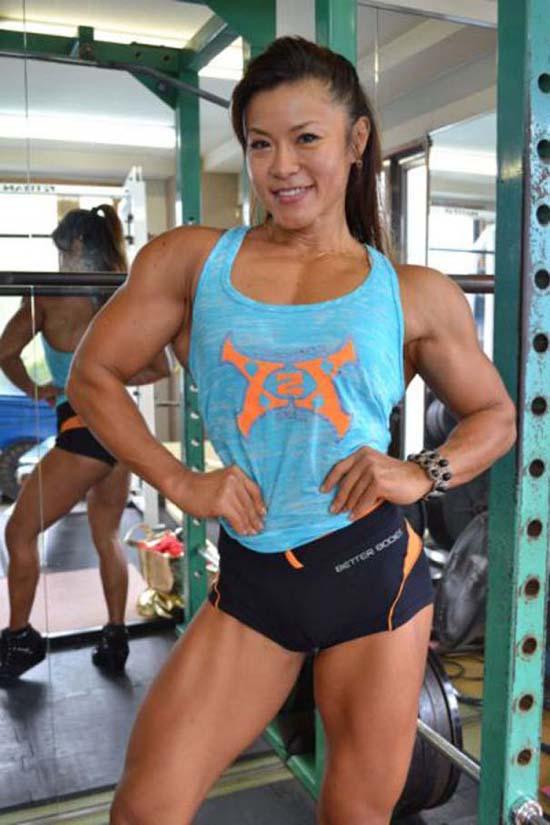 Μπορείτε να μαντέψετε την ηλικία αυτής της Γιαπωνέζας Bodybuilder; (15)