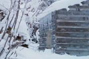Αυτή η καλύβα στα χιόνια έχει ένα ασυνήθιστο χαρακτηριστικό (1)