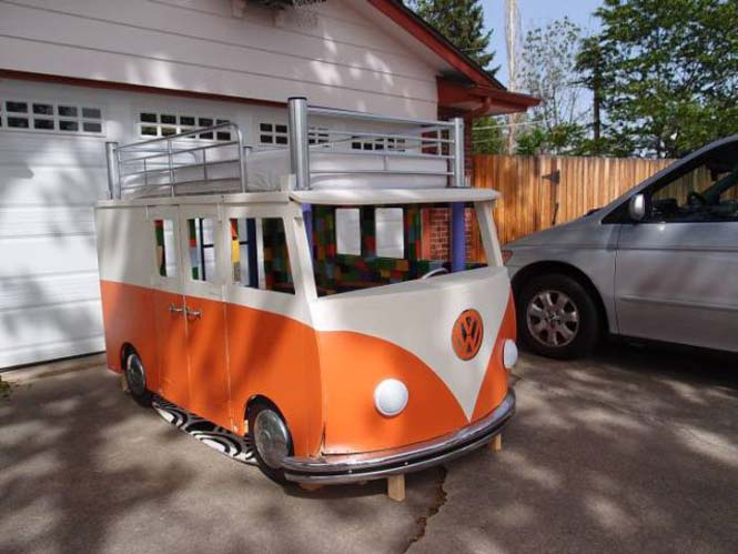 Η κατασκευή ενός κρεβατιού που μοιάζει με φορτηγάκι Volkswagen (21)